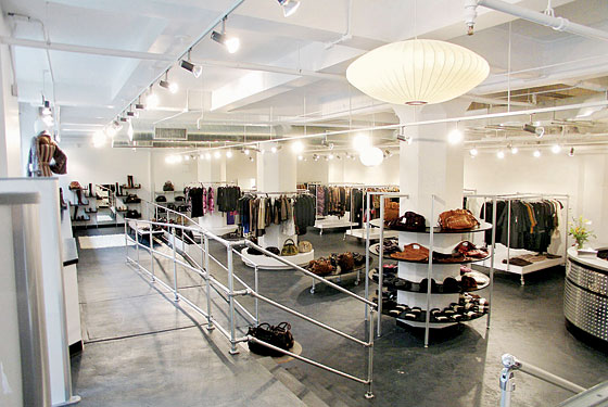 We present the best places to go shopping in NYC. From big name department stores to lesser-known boutiques, these are the clothing shops to hit.