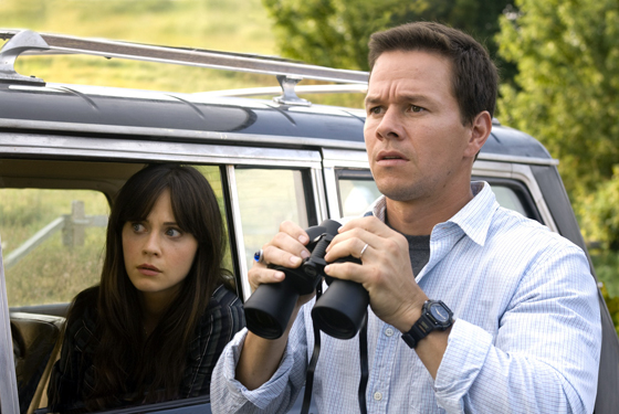 the happening walhberg deschanel shyamalan