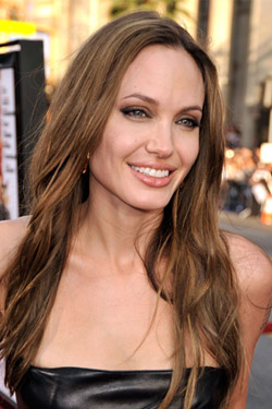 Angelina Jolie to Hit the Catwalk
