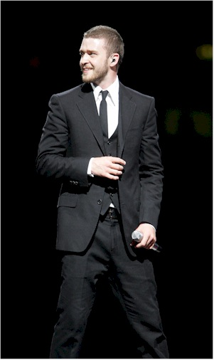 justin timberlake in a suit