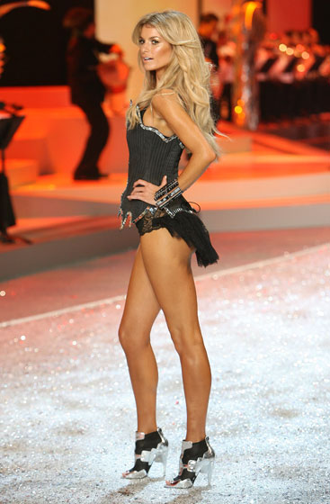 Marisa Miller walked the runway relatively unadorned, in two-toned shoes.