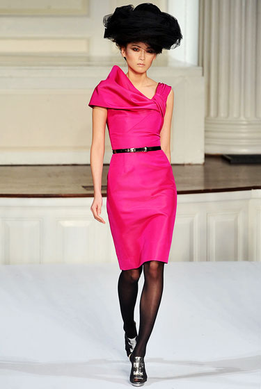 Oscar's belted fuchsia frock -- classy and colorful.