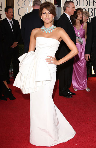 Eva Mendes in Christian Dior and a Van Cleef & Arpels necklace.