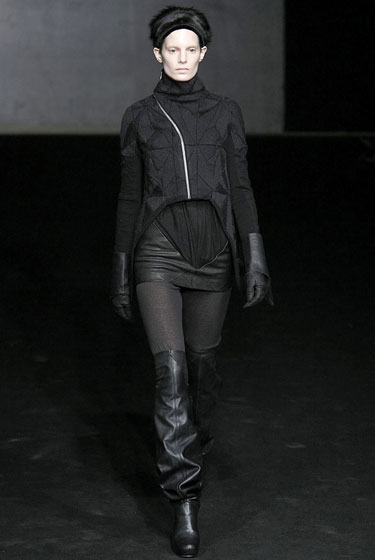 "Layers of leather and textured black give <a href=""http://nymag.com/fashion/fashionshows/2009/fall/main/europe/womenrunway/rickowens/"">Rick Owens</a>'s goth girl a new twist."