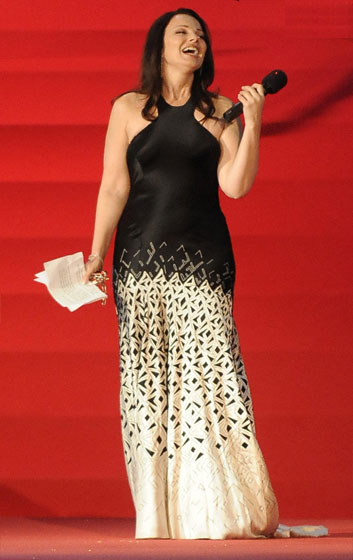 We almost forgot all about Fran Drescher! Her dress isn't going to make us remember.