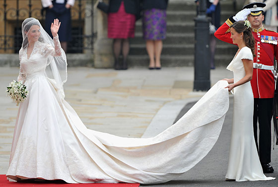 Kate Middleton and Pippa Middleton in Alexander McQueen.