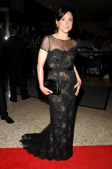 We adore Julia Louis-Dreyfus, but her dress could stand to look a bit less like a doily.