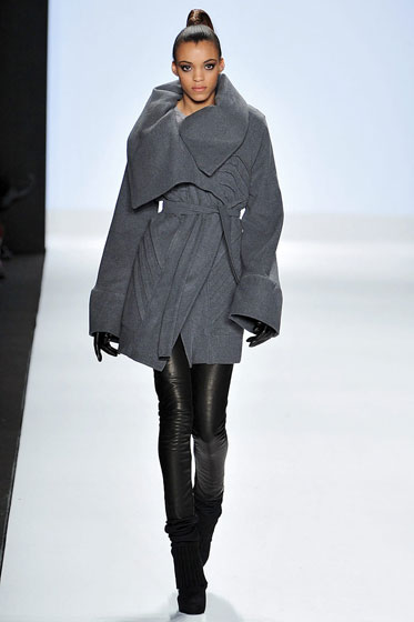 We love the soothing color and shape of this coat. The collar's a little too big, but otherwise the proportions work.
