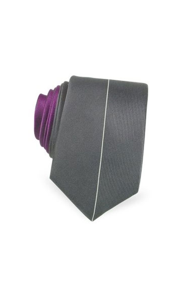 "Forzieri Sartorial Line gray sectioned handmade silk narrow tie, $65 <a href=""http://www.forzieri.com/usa/product_view.asp?l=usa&c=usa&pf_id=fz01029-034&id_valore1=&id_valore2=&id_valore3=&id_valore4=&id_valore5=&dept_id=1"">online</a>."