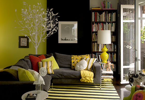 David used Benjamin Moore paint in Jet Black, Grape Green, and Moss Green to colorize this room.