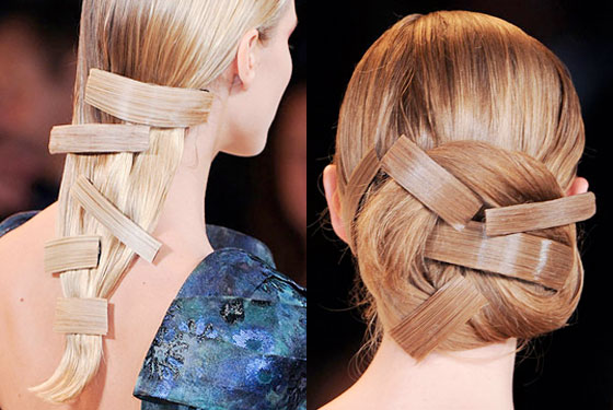 Matchy-match barrettes at Carolina Herrera.