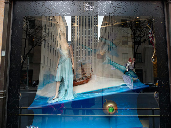 Saks is one of the few stores that incorporated holiday dresses into their windows.