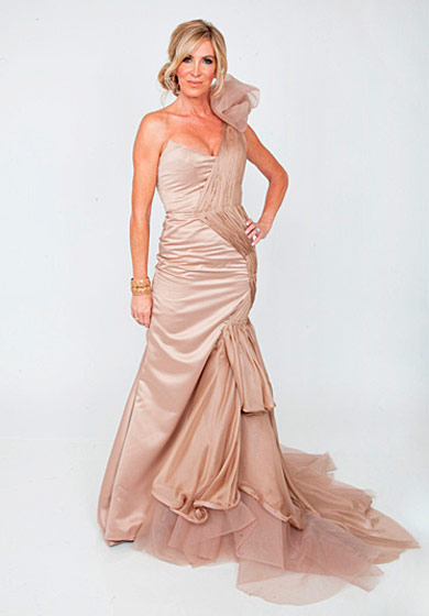 "You would never know Cindy and Golnessa were partners, looking at this dress, which the judges overall like. ""This is definitely an Emmy dress. Maybe even an Oscar,"" Lauri says, happy to have a boob out and her waist clearly defined."