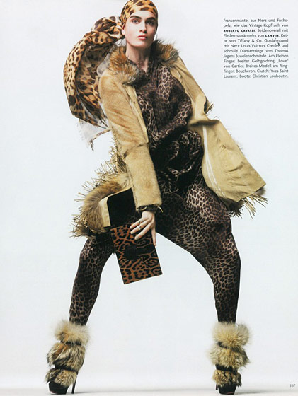 Shot by Thomas Schenk for German <em>Vogue</em>'s August 2010 issue.