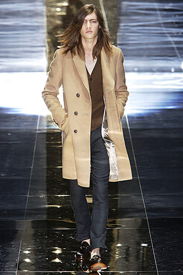 Opening the fall Gucci show in Milan.