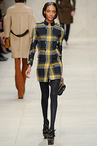 "See the <a href=""http://nymag.com/fashion/fashionshows/2011/fall/main/europe/womenrunway/burberry/"">complete fall 2011 Burberry Prorsum collection</a>."