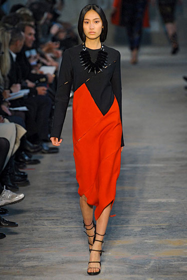 "See the <a href=""http://nymag.com/fashion/fashionshows/2011/fall/main/newyork/womenrunway/proenzaschouler/"">complete Proenza Schouler fall 2011 collection</a>."