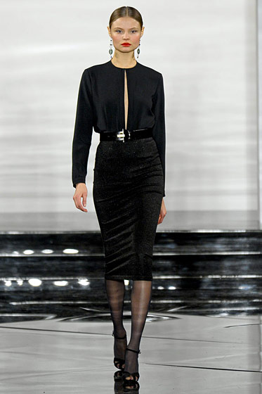 "See the <a href=""http://nymag.com/fashion/fashionshows/2011/fall/main/newyork/womenrunway/ralphlauren/"">complete Ralph Lauren fall 2011 collection</a>."