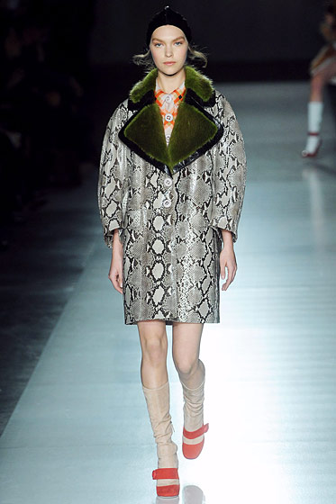 "See the <a href=""http://nymag.com/fashion/fashionshows/2011/fall/main/europe/womenrunway/prada/"">complete fall 2011 Prada collection</a>."