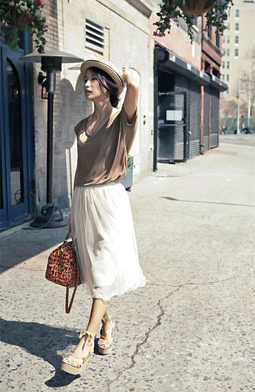 "Sun Young, shot in New York for <a href=""http://blog.misspouty.com/"">Miss Pouty</a> via <a href=""http://www.chictopia.com/photo/show/433150-picnic-beige-wwwmisspoutycom-hat-neutral-long-mesh-wwwmisspoutycom-skirt-tan-summer"">Chictopia</a>."
