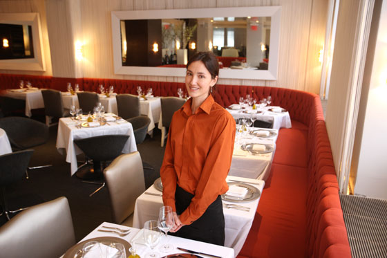 Convivio's Jacqueline Raymond Likes Waiting on Critics