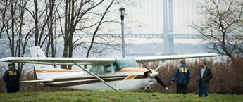 20061117plane_sm.jpg