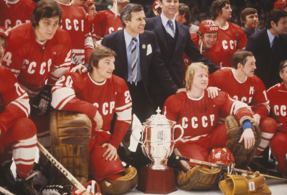 [PHOTO OF THE SOVIET NATIONAL TEAM]
