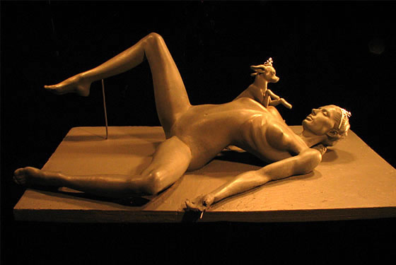 Britney spears nude statue pics