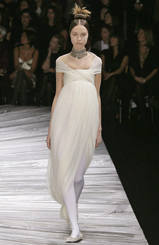 Alexander McQueen - Alexander McQueen - Fall 2008 Collection :  flowy dresses fall 2008 empire waist