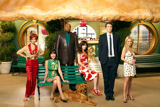 http://nymag.com/images/2/daily/entertainment/07/05/24_pushingdaisies.jpg