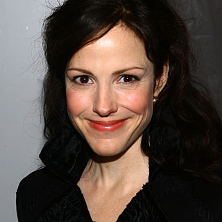 Mary Louise Parker Astonished by Marijuana's Overwhelming ...