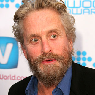�Michael Douglas hot pics and photos on the bushy beard ... hot pics and photos