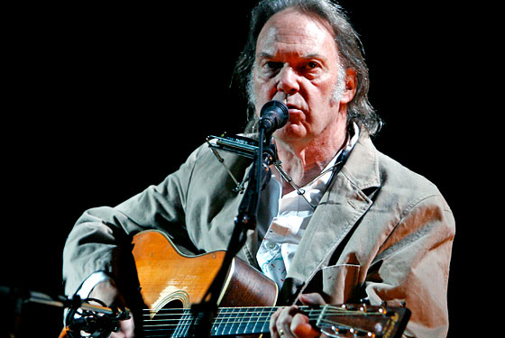 Neil Young Concertgoers Suffer Mightily Complain Loudly